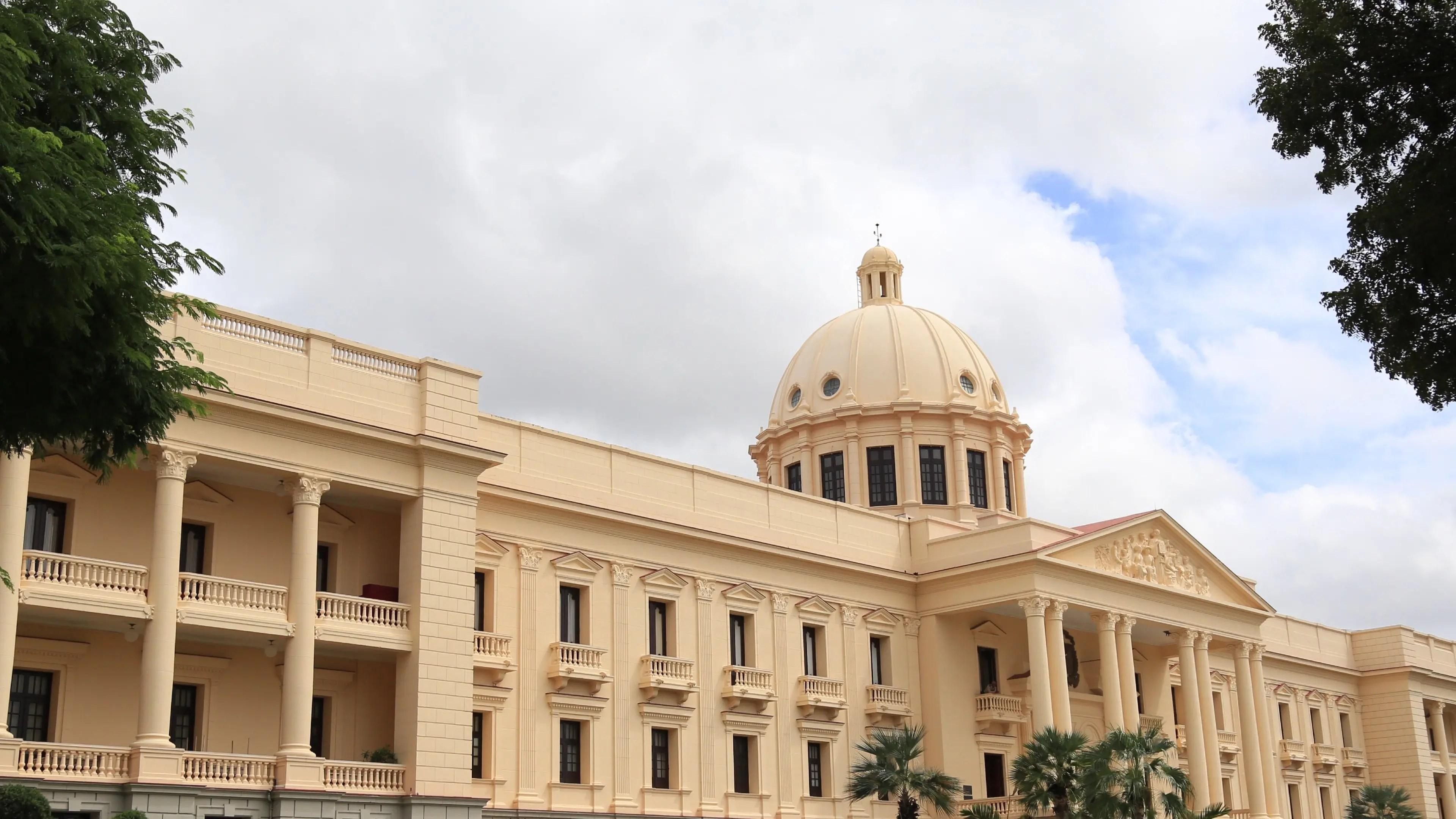 Poder Ejecutivo emite decreto para financiar obras en municipios