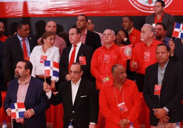 Federico Antún Batlle encabezó la asamblea realizada  en el  coliseo  Carlos Teo Cruz.