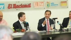 Fernando Ramírez, José Alfredo Corripio, Abel Martínez y Juan Bolívar Díaz, en el Almuerzo del Grupo de Comunicaciones Corripio.
