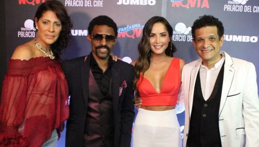 Lumy Lizardo, Fausto Mata, Carmen Villalobos y   Tony Pascual durante la premier de la película.   Elvys Joe