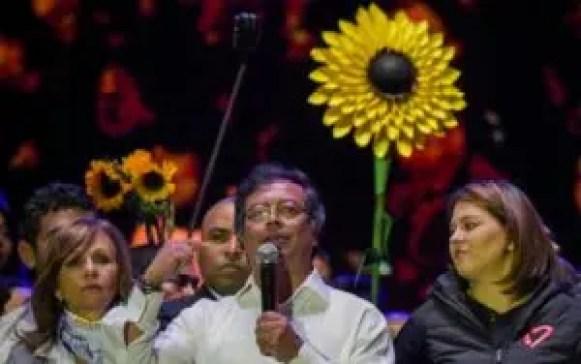 Gustavo Petro en uno de sus mítines en Bogotá, Colombia.