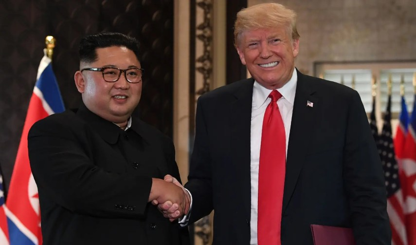 Rusia considera positiva la cumbre Kim-Trump, en espera de ver los resultados , tras la despedida de los líderes.  AP