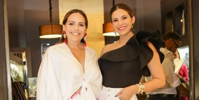 Elisa Pimentel y Pamela Sued.