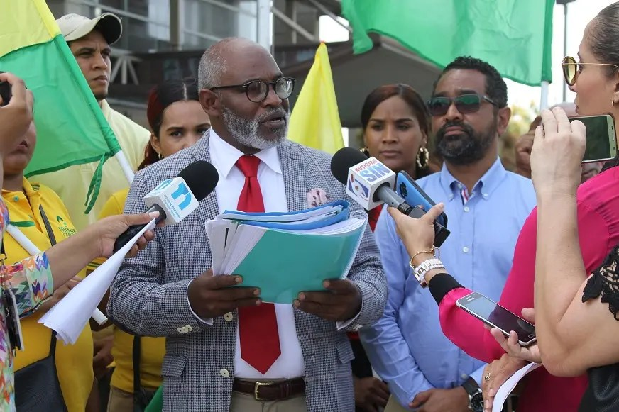 Frente Amplio rechaza cierre programa de Marino Zapete