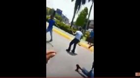 Foto tomada del video donde se observa al policía municipal en el momento en que ejecuta de un disparo en la cabeza a Mariano Figueroa de Paula, de 45 años.