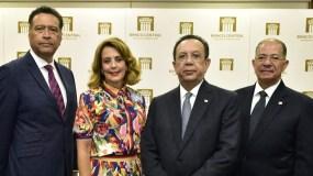 Carlos Roberto Gómez, Clarissa de  la Rocha de Torres, Héctor Valdez Albizu y José Alcántara Almánzar.