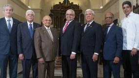 Miembros de la Junta Directiva en la misa  de conmemoración 56 aniversario de Acap.