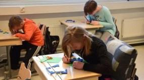 En Finlandia, los estudiantes tienen pocas evaluaciones.