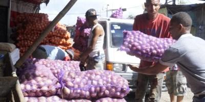 Comerciantes y mercaderes han expresado preocupación por  alzas en  productos. Elieser Tapia.