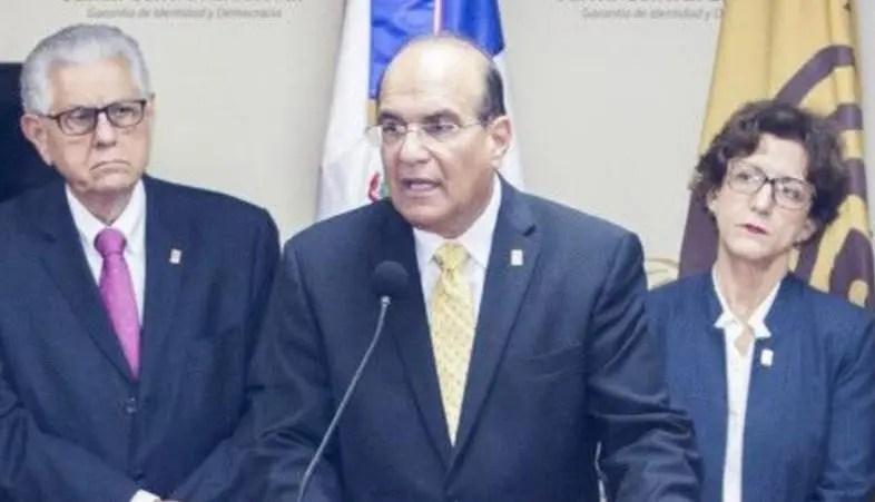 """JCE acata sentencia del Tribunal Constitucional sobre voto de """"arrastre"""""""