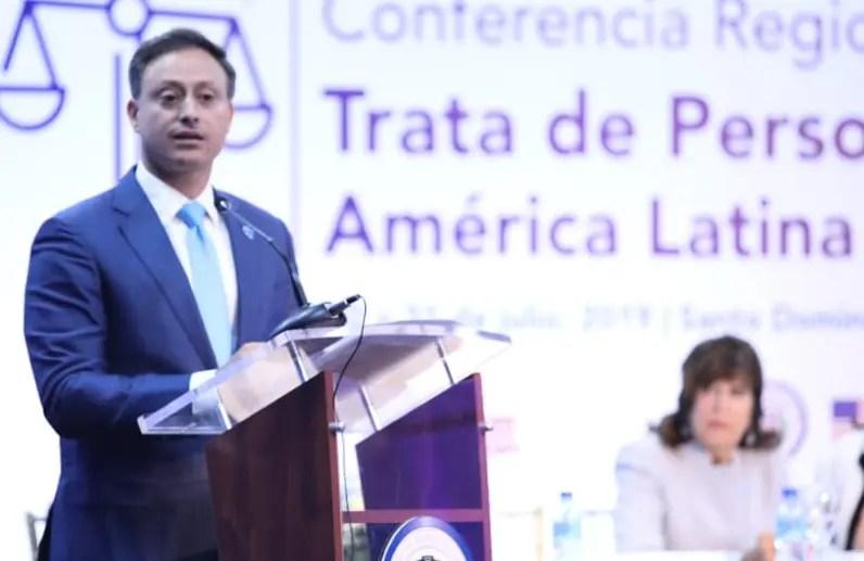 Procurador aboga por nueva ley contra la trata