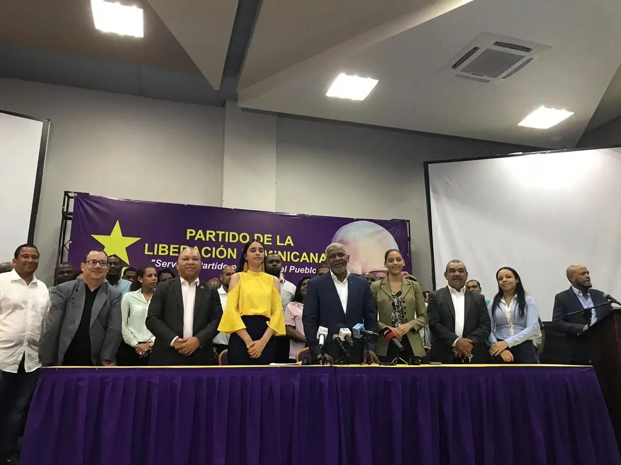 Melanio dice no renunciará a sus aspiraciones presidenciales; se define como la auténtica tercera vía en el PLD