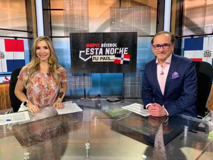 Carolina Guillén en ESPN: Narrar por primera vez la Serie del Caribe me alborotó las mariposas