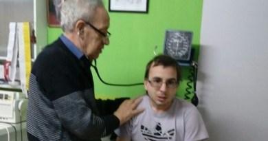 Tristeza y dolor por el fallecimiento del Dr. Carlos Guevara