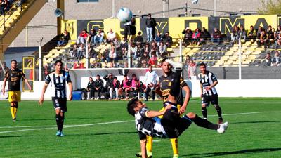 """El """"Aurinegro"""" enfrenta el domingo a Cipoletti"""