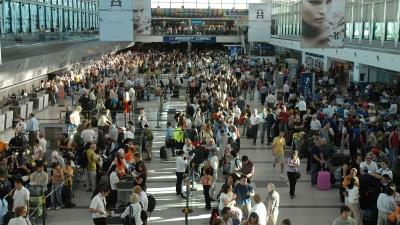 Llegan más extranjeros, pero crece más la salida de argentinos — Turismo