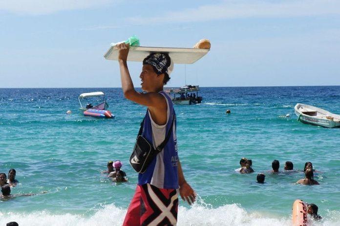 Vendedor en Playa Manare