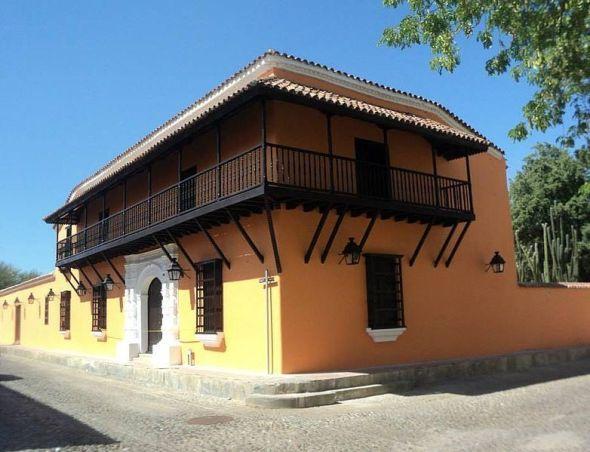 Casa de los Arcaya