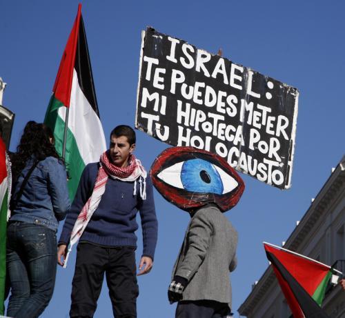 El castigo Judío: ¿por su esencia o por su conducta? La carga de Israel frente al Antisemitismo mundial.