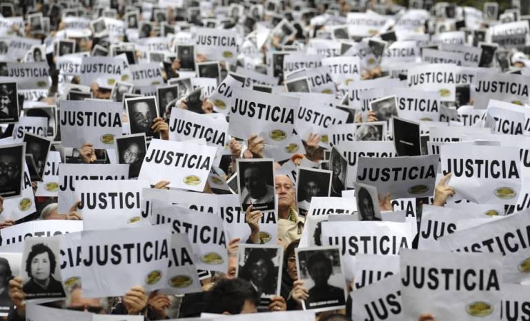 AMIA, el atentado vetado por la educación chilena