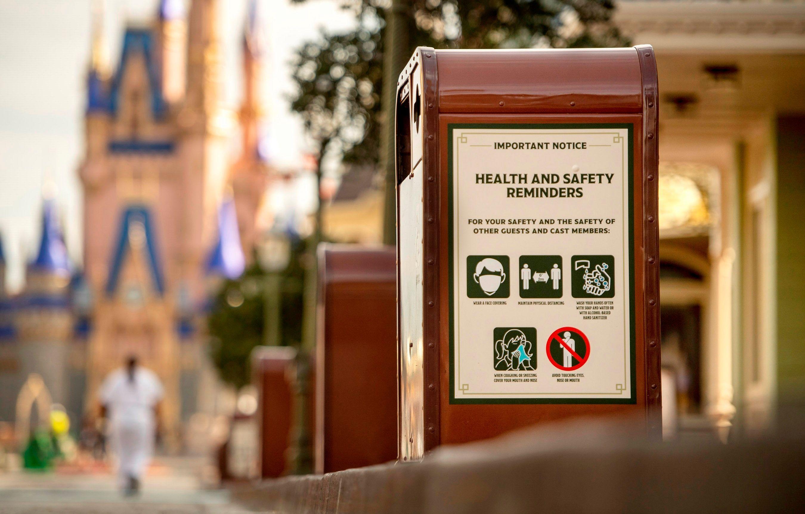 Reabre Disney World en Florida cuando hay nuevos récords de casos y muertes por COVID-19