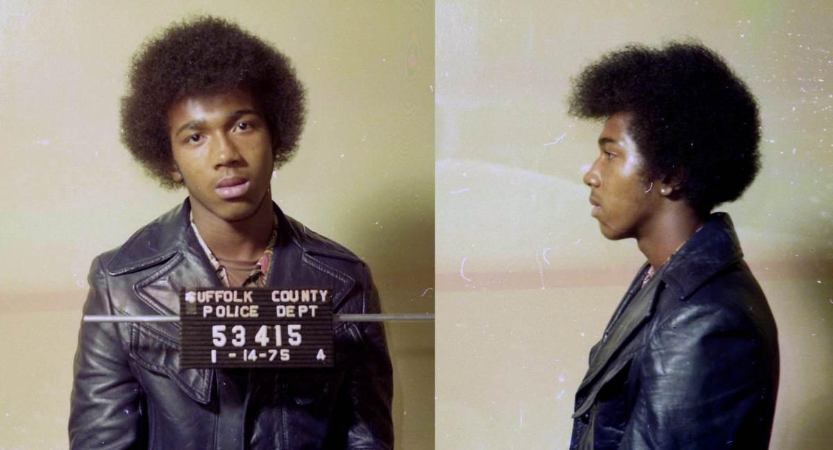 Keith Bush al ser acusado en 1975.