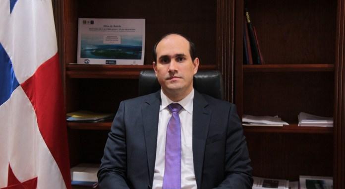 Fernando Paniagua, Secretario Ejecutivo de la Unidad Administrativa de Bienes Revertidos (UABR)