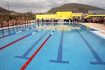 Inaugurado el nuevo vaso termal del pabell n de deportes for Piscina municipal los cristianos