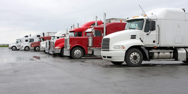 Small fleets and owner-operators are lagging in ELD compliance