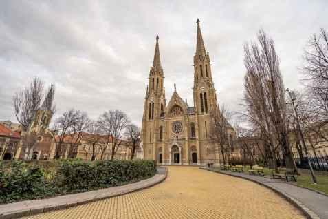 Árpád-házi Szent Erzsébet Plébániatemplom - St. Elisabeth Parish Church of Árpád