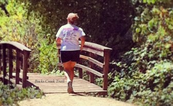 Trail runner on Bucks Creek Trail