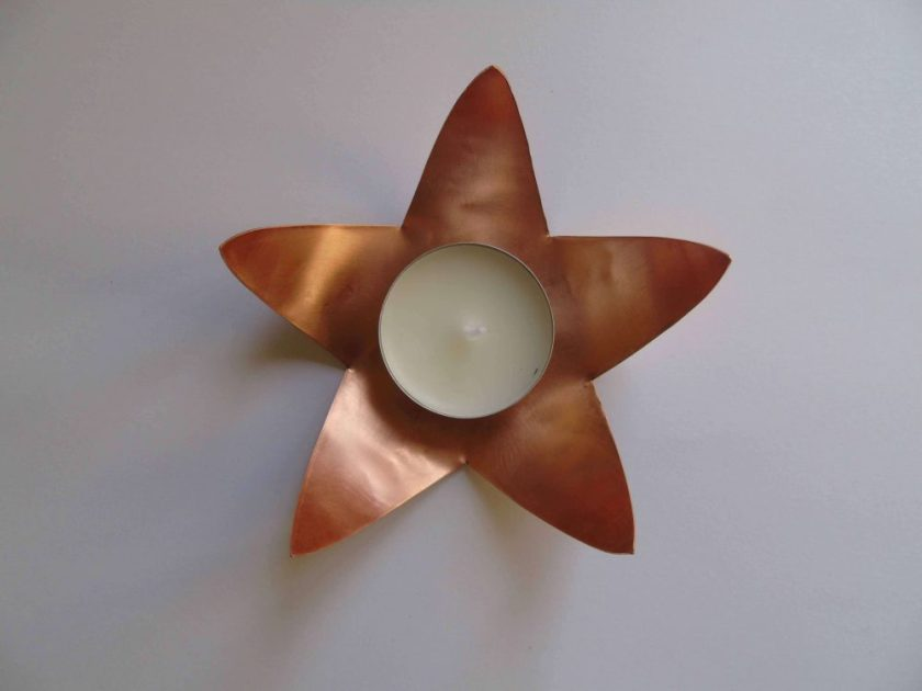 star shaped tealight holder with tealight