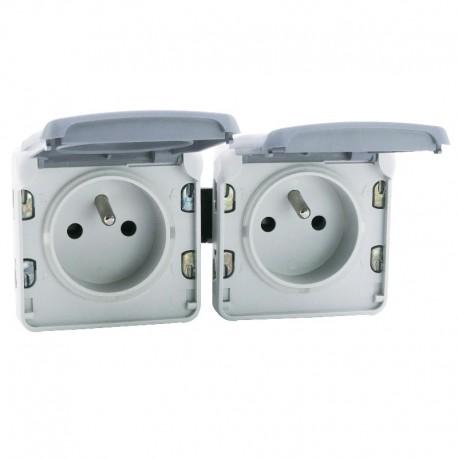 legrand double prise de courant 2p t precablees a l horizontale plexo composable ip55 16a 250v gris ref 069562