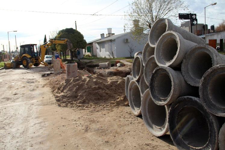 Lobería: avanza la obra hidráulica en el noroeste