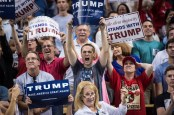 ORLANDO, FL - MARCH 5: Supporters cheer as republican presidential candidate Donald Trump speaks during a campaign event at the CFE Federal Credit Union Arena in Orlando, FL on Saturday March 05, 2016. (Photo by Jabin Botsford/The Washington Post via Getty Images)