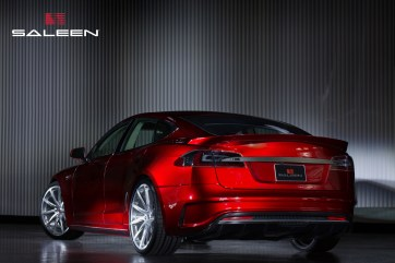 SALEEN_FOURSIXTEEN_Lizstick-Red (4)