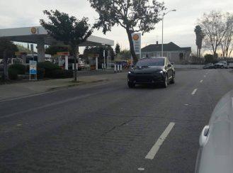Tesla-Model-X-camo