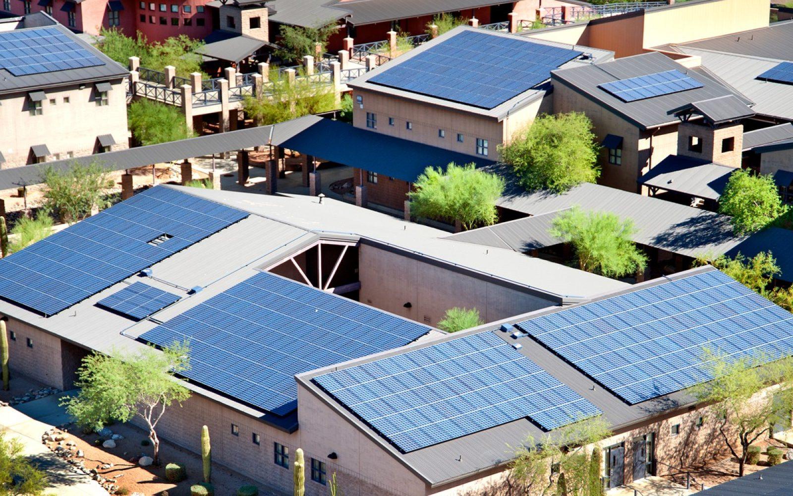 Solarcity Solar Panels >> Solarcity Sparked A War Of High Efficiency Solar Panels Electrek