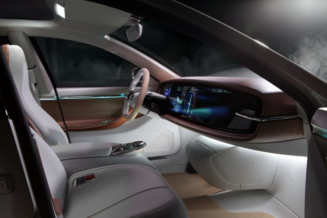 Thunder_Power_Sedan_Interior