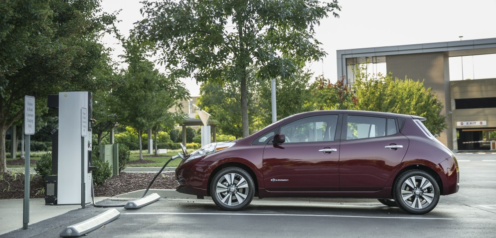 For the 2016 model year, LEAF adds a number of significant enhancements – beginning with a new 30 kWh battery for LEAF SV and LEAF SL models that delivers an EPA-estimated driving range of 107 miles* on a fully charged battery. The range of a LEAF S model is 84 miles, giving buyers a choice in affordability and range.