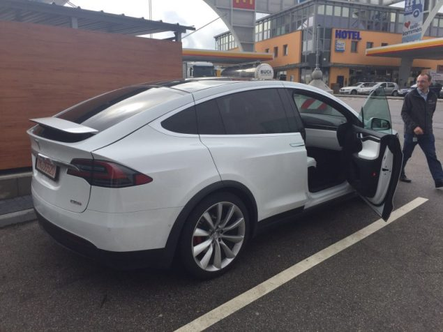 Model X at the Schweitenkirchen Supercharger by StefanKV