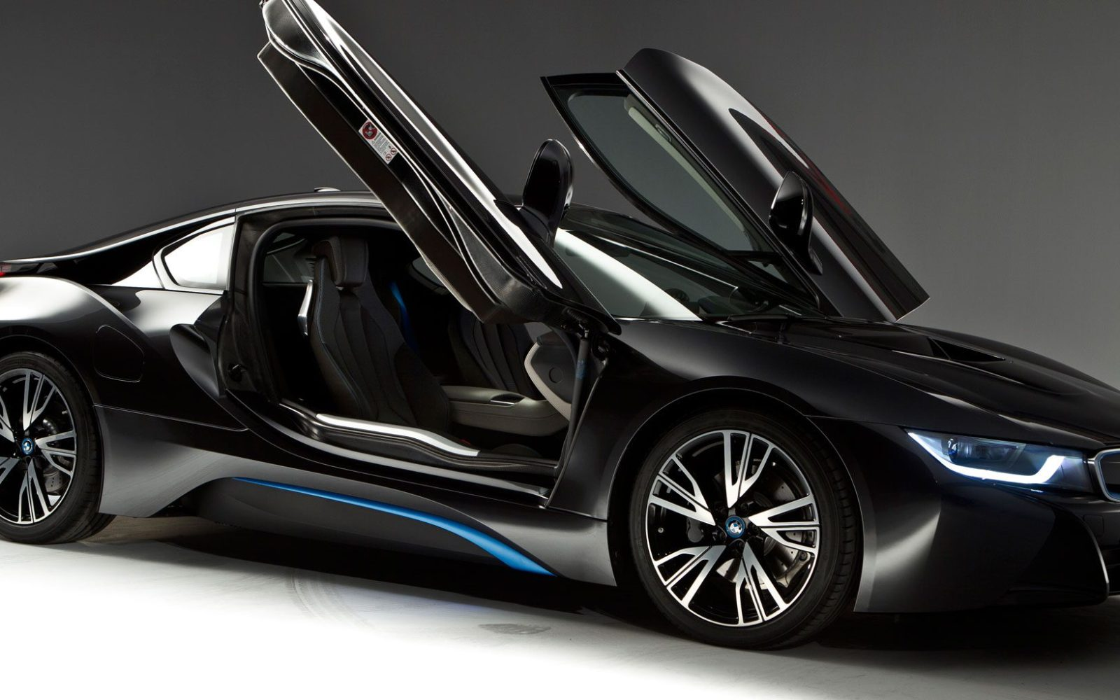 BMW is reportedly working on an all-electric version of the i8 with ...