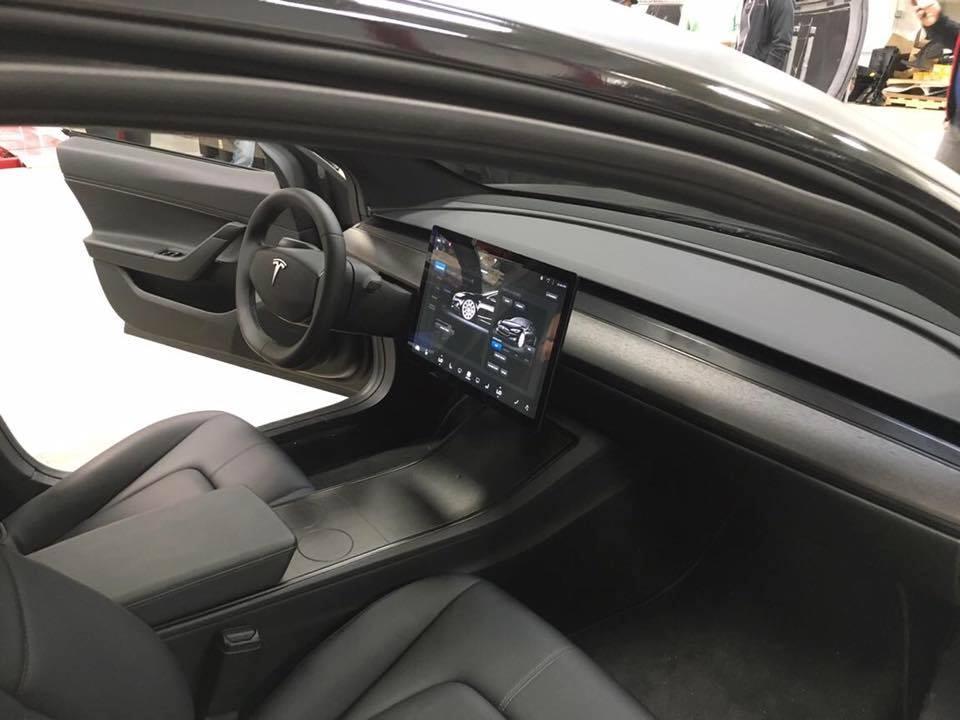 Tesla Model 3 Black Matte 1