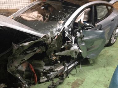 Model S BMW crash switzerland 2