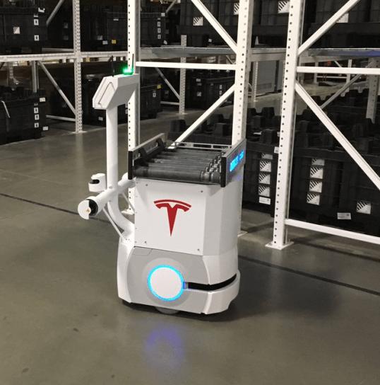 Tesla Gigafactory robot 4
