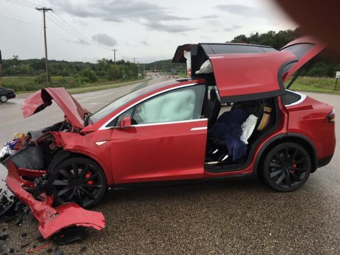 Model X accident MN 10