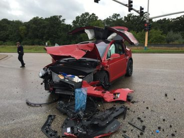 Model X accident MN 6