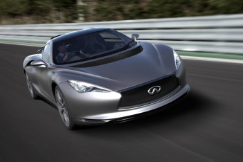 Infiniti EMERG-E, the highly advanced mid-ship sports car that provides an exciting glimpse into Infiniti's future, is now even more exhilarating. Following the launch of the concept car at the Geneva Motor Show earlier this year, the Goodwood Festival of Speed marks the global debut of the fully-functional version.