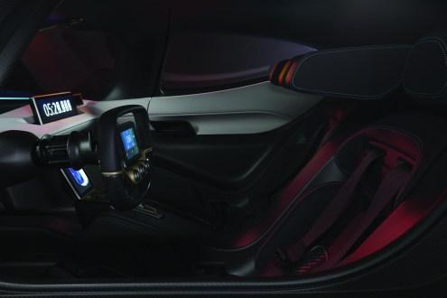 nio-ep9-interior-1