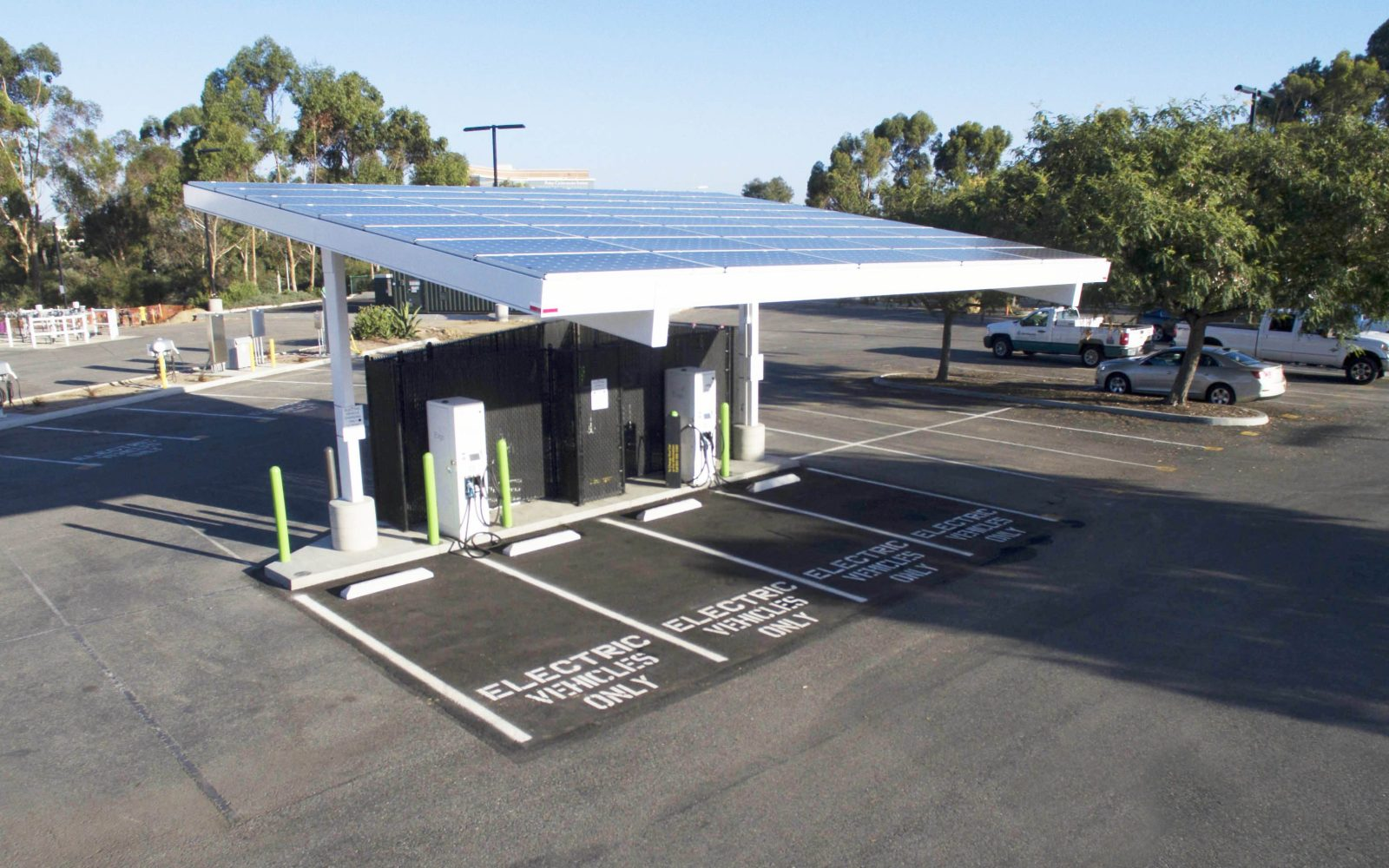 The first electric vehicle DC fast-charging station capable of 350 kW output breaks ground in California